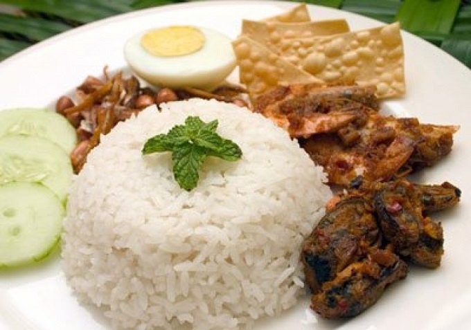 essay about various food in malaysia